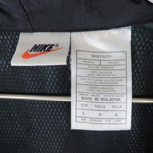 Nike Jackets & Coats - Nike Green Vintage Swoosh Pullover Windbreaker